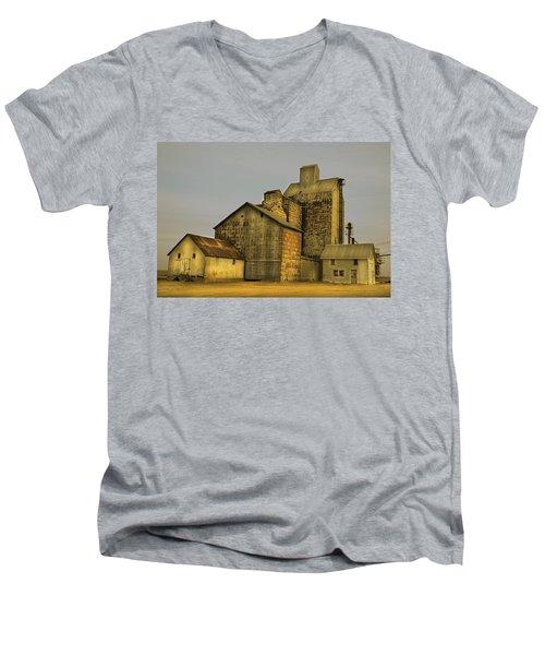 Oakwood Elevator Men's V-Neck T-Shirt