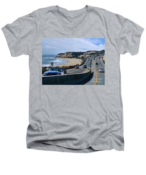 Oc On Pch In Ca Men's V-Neck T-Shirt