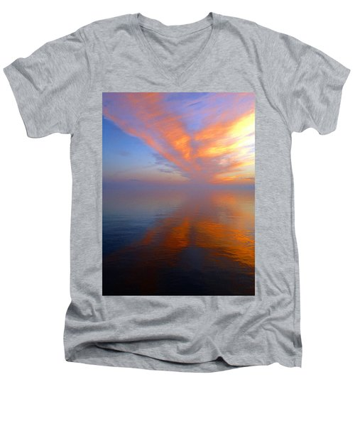 Ocracoke Nc Sunrise Men's V-Neck T-Shirt