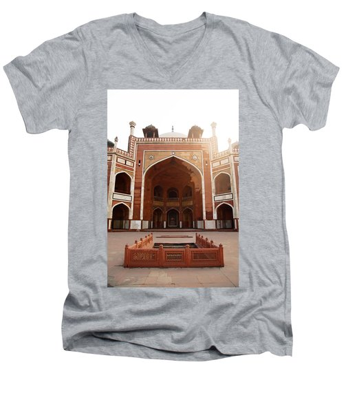 Oil Painting - Cross Section Of Humayun Tomb Men's V-Neck T-Shirt