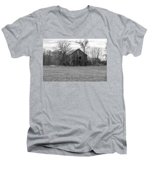 Men's V-Neck T-Shirt featuring the photograph Old Barn by Charles Kraus