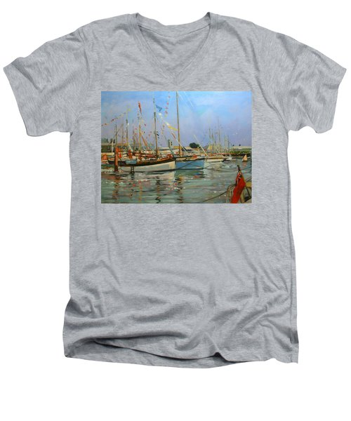 Old Gaffers  Yarmouth  Isle Of Wight Men's V-Neck T-Shirt