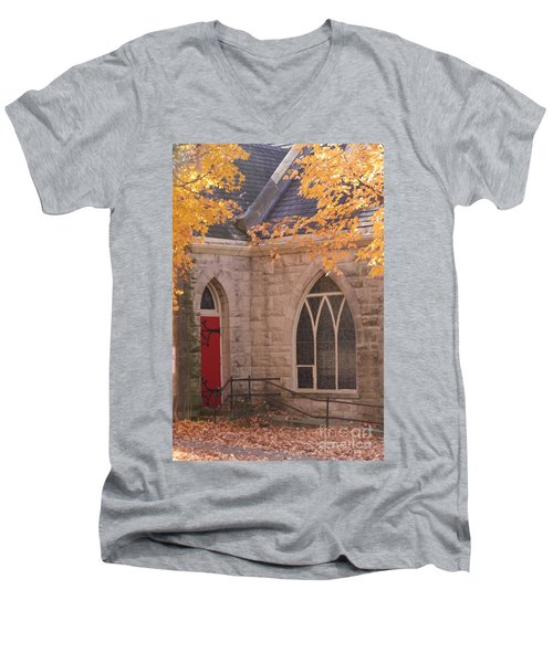 Ottumwa Church Men's V-Neck T-Shirt