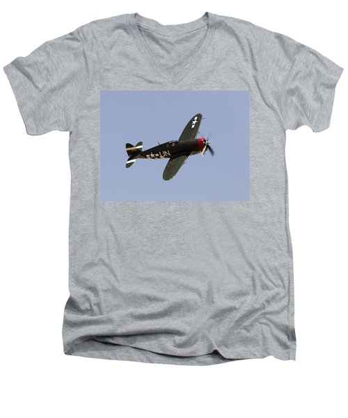P-47 Thunderbolt Men's V-Neck T-Shirt