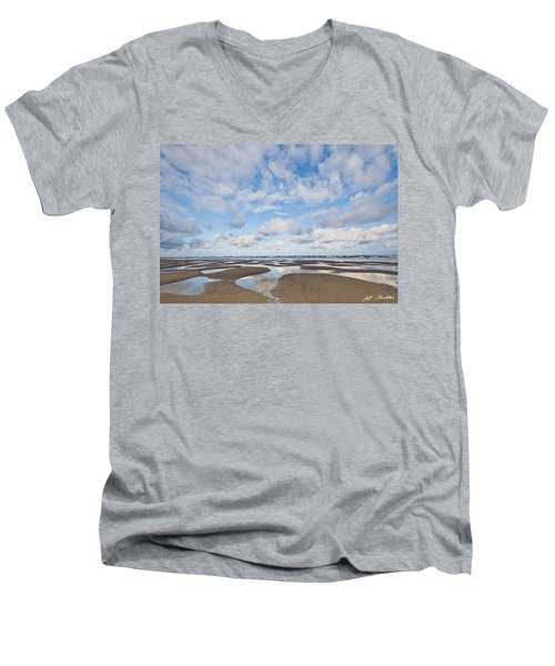 Pacific Ocean Beach At Low Tide Men's V-Neck T-Shirt