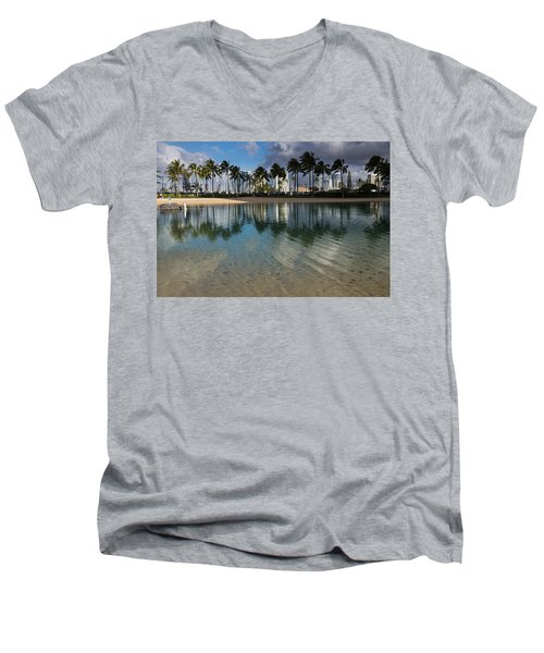 Palm Trees Crystal Clear Lagoon Water And Tropical Fish Men's V-Neck T-Shirt