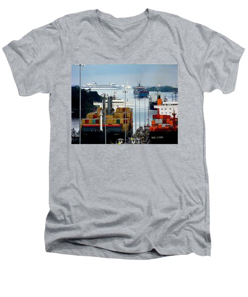 Panama Express Men's V-Neck T-Shirt