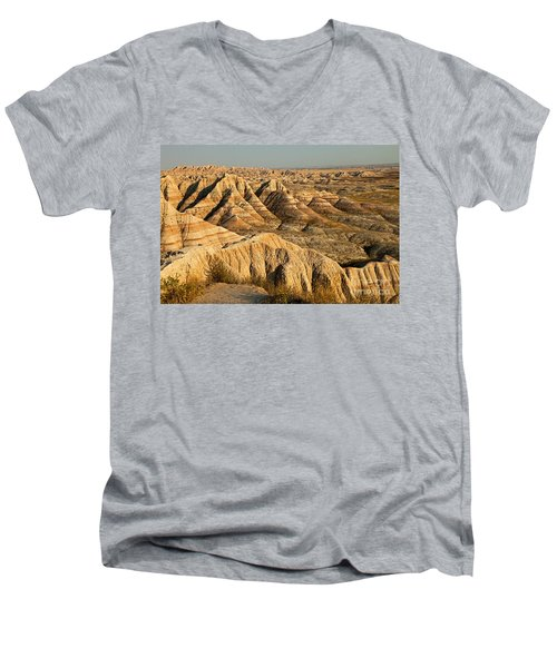 Panorama Point Badlands National Park Men's V-Neck T-Shirt