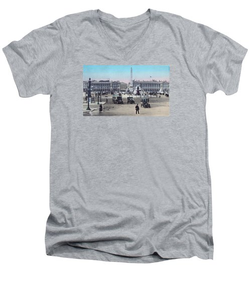 Paris Place De La Concorde 1910 Men's V-Neck T-Shirt