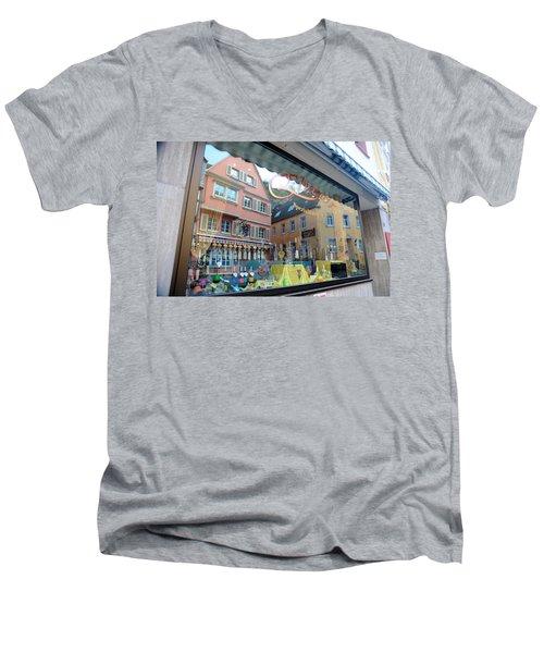 Past And Present Men's V-Neck T-Shirt