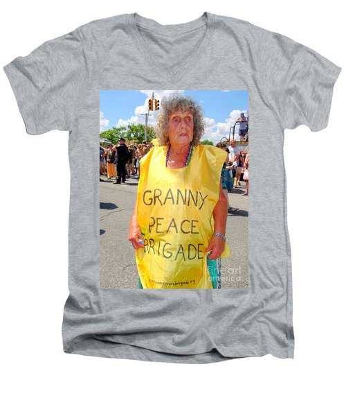 Men's V-Neck T-Shirt featuring the photograph Peace Granny by Ed Weidman