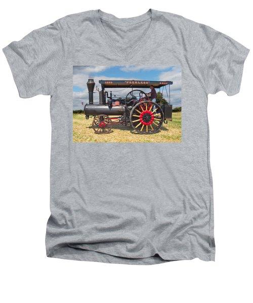 Peerless Steam Traction Engine Men's V-Neck T-Shirt