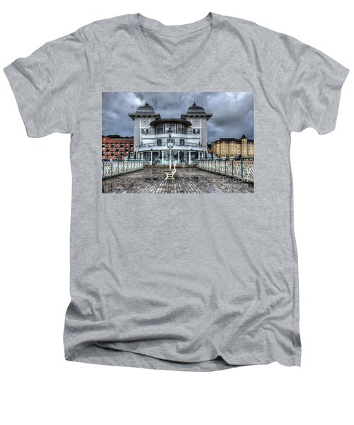 Penarth Pier Pavilion 2 Men's V-Neck T-Shirt