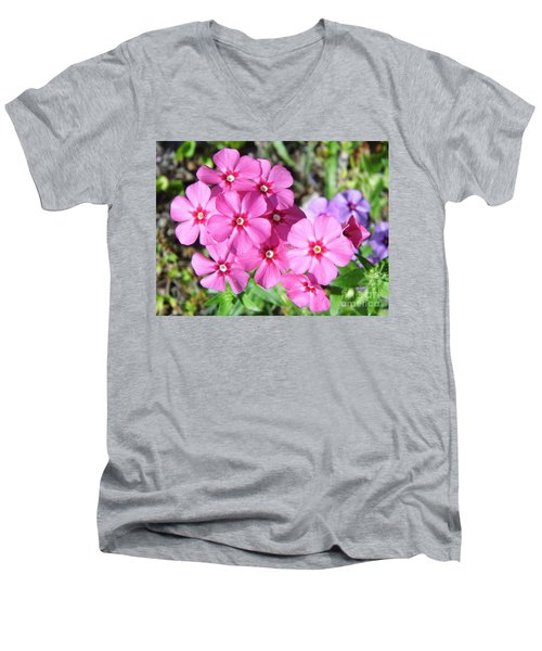 Men's V-Neck T-Shirt featuring the photograph Phlox Beside The Road by D Hackett