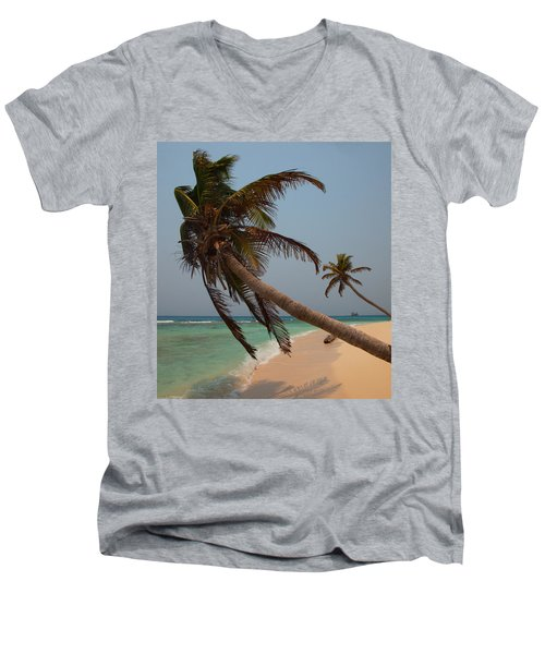 Pigeon Cays Palm Trees Men's V-Neck T-Shirt