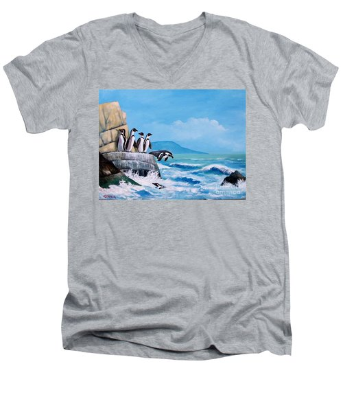 Pinguinos De Humboldt Men's V-Neck T-Shirt