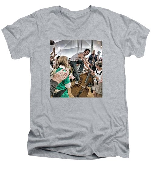 The Lost Bayou Ramblers Pleasing The Crowd Men's V-Neck T-Shirt