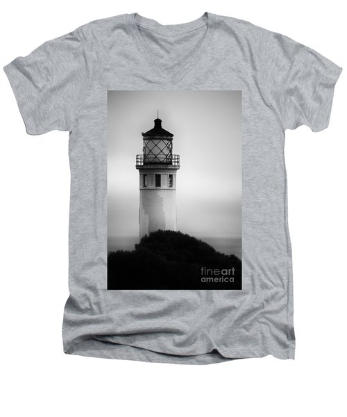 Pointe Vincente Lighthouse Men's V-Neck T-Shirt