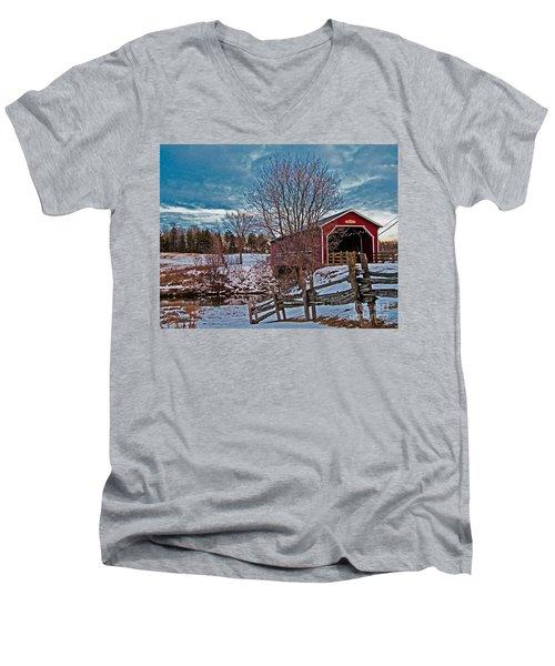 Pont Perrault Men's V-Neck T-Shirt