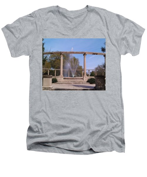 Popp Fountain New Orleans City Park Men's V-Neck T-Shirt