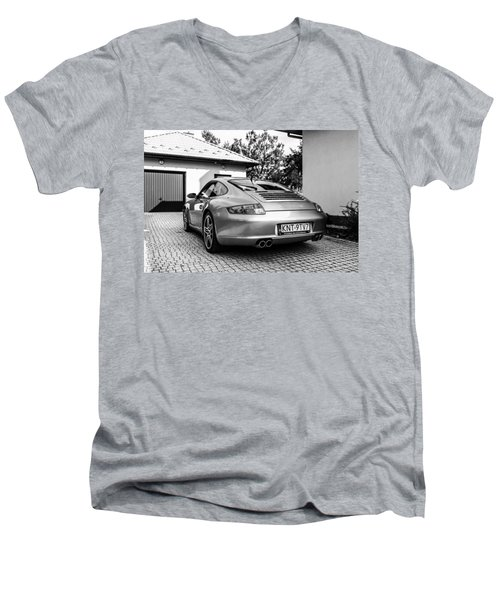 Porsche 911 Carrera 4s Men's V-Neck T-Shirt