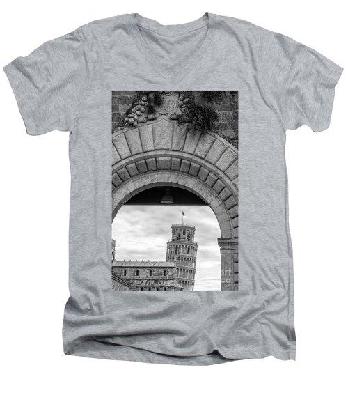 Porta Di Pisa Men's V-Neck T-Shirt