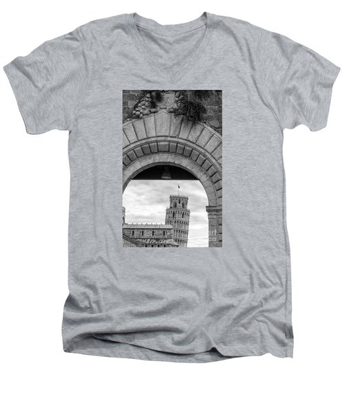 Porta Di Pisa Men's V-Neck T-Shirt