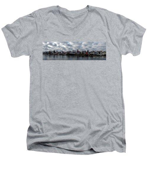 Portsmouth Bay Men's V-Neck T-Shirt