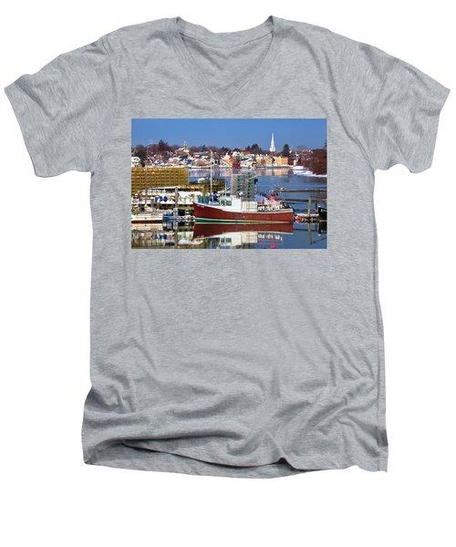 Portsmouth Lobster Boat Men's V-Neck T-Shirt