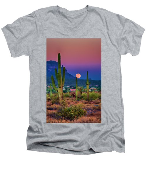 Postcard Perfect Arizona Men's V-Neck T-Shirt