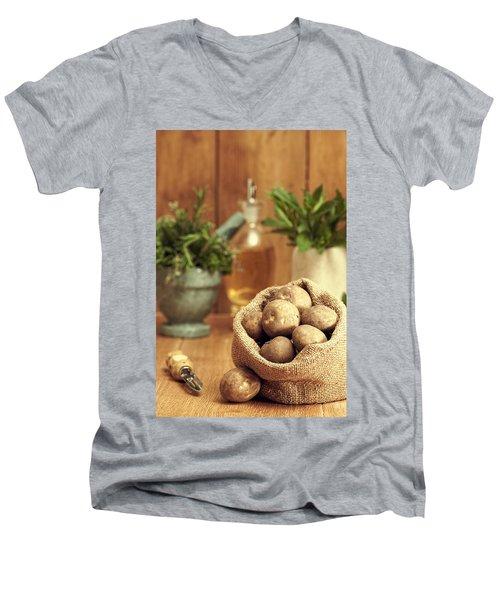 Potatoes Men's V-Neck T-Shirt