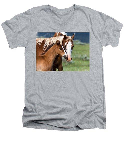 Proud Mommy Men's V-Neck T-Shirt