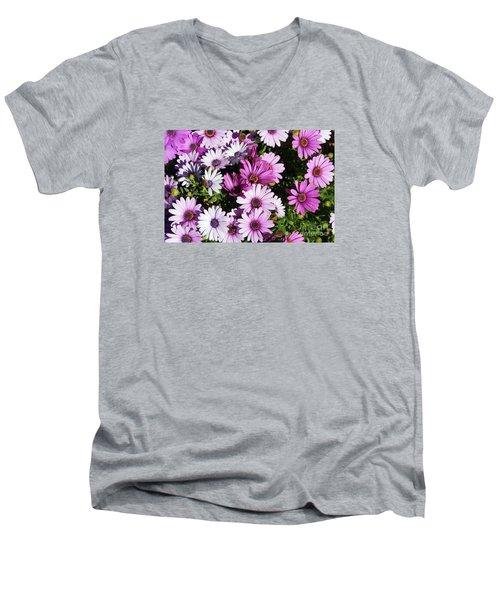 Purple Daisy Men's V-Neck T-Shirt