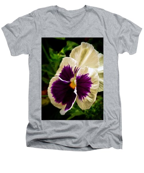 Purple Pansy Men's V-Neck T-Shirt