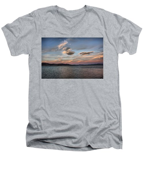 Pyramid Lake Men's V-Neck T-Shirt