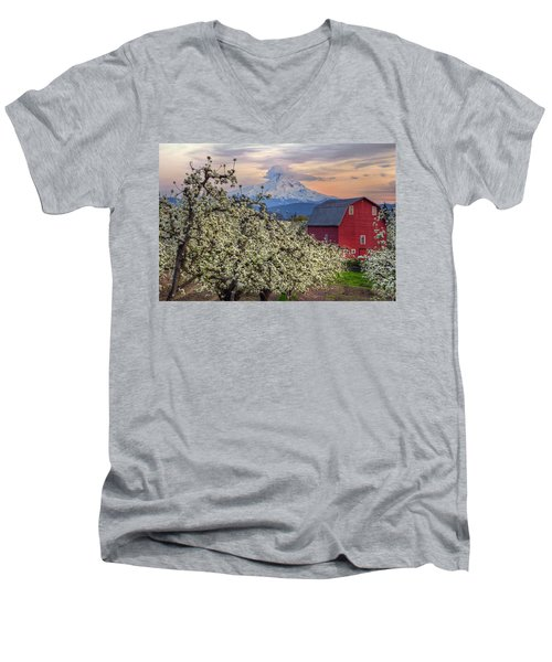 Red Barn In Hood River Pear Orchard Men's V-Neck T-Shirt