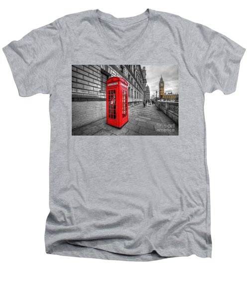 Red Phone Box And Big Ben Men's V-Neck T-Shirt