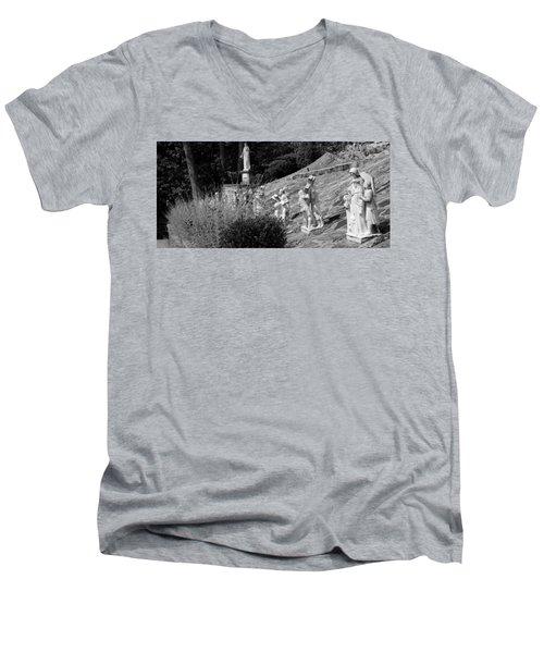 Religious Statues Men's V-Neck T-Shirt