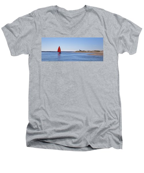 Ripple Catboat With Red Sail And Lighthouse Men's V-Neck T-Shirt