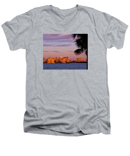 Rising Full Moon Sunset Sarasota Cityscape Men's V-Neck T-Shirt