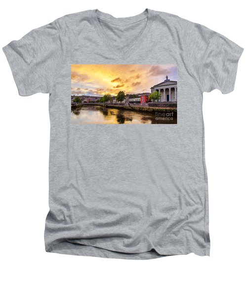 River Lee In Cork Men's V-Neck T-Shirt