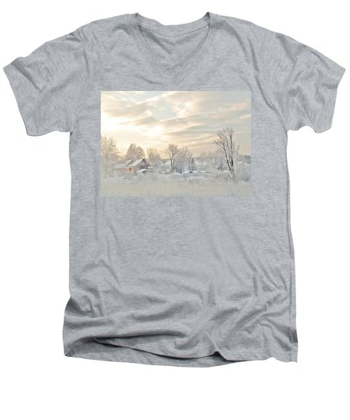 River Mist On A Very Cold New Hampshire Morning Men's V-Neck T-Shirt