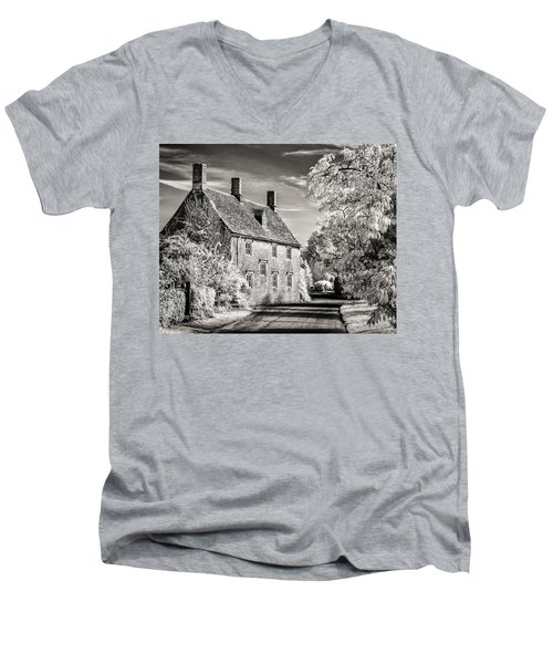 Road House Men's V-Neck T-Shirt by William Beuther