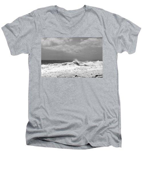 Rolling Surf  Men's V-Neck T-Shirt