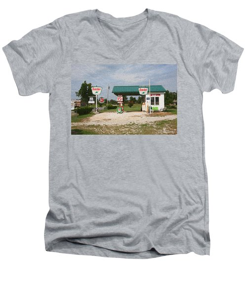 Route 66 Gas Station With Sponge Painting Effect Men's V-Neck T-Shirt
