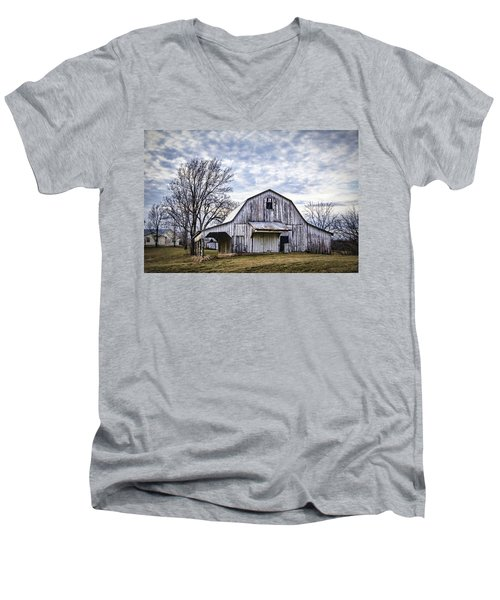 Rustic White Barn Men's V-Neck T-Shirt