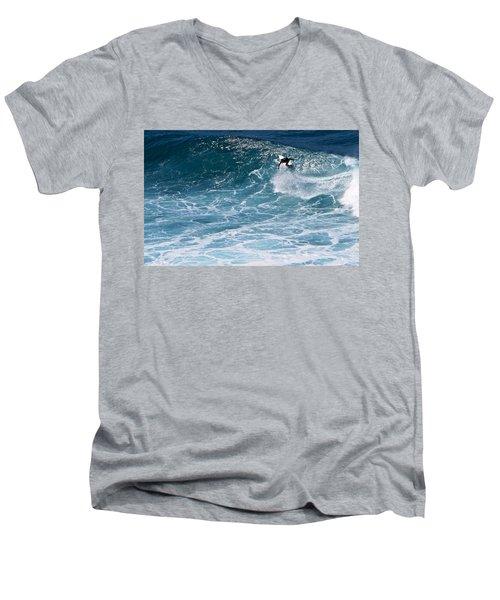 S-turns Men's V-Neck T-Shirt