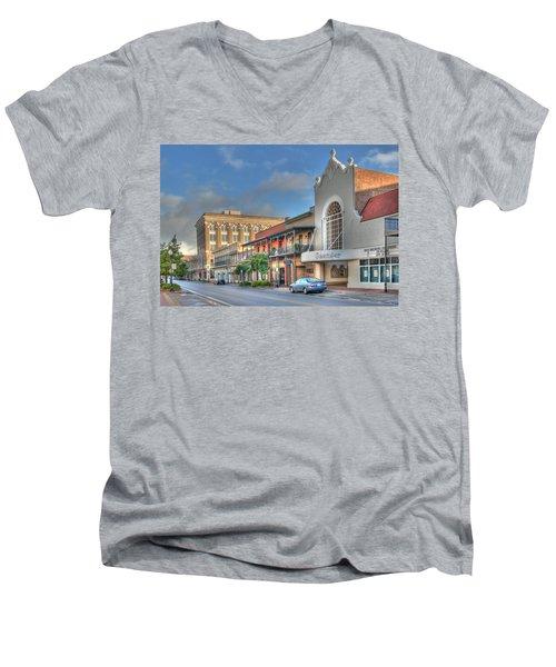 Saenger Theater Men's V-Neck T-Shirt