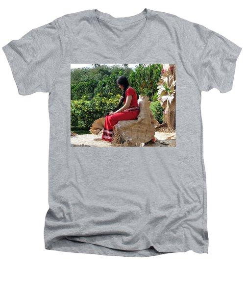 Samoa's Beauty Men's V-Neck T-Shirt