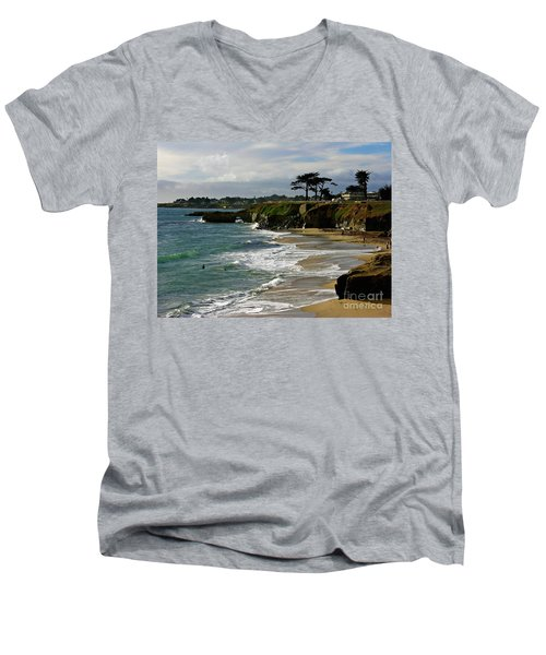 Santa Cruz Beach Men's V-Neck T-Shirt